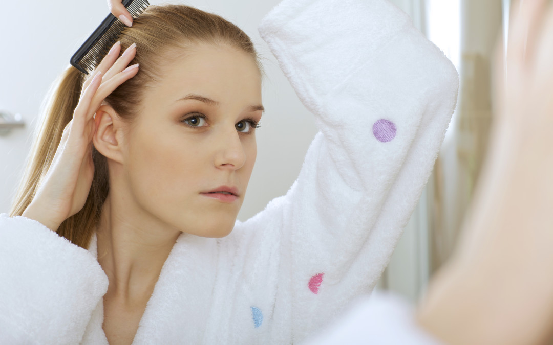 How to Clean Hairstyling Tools